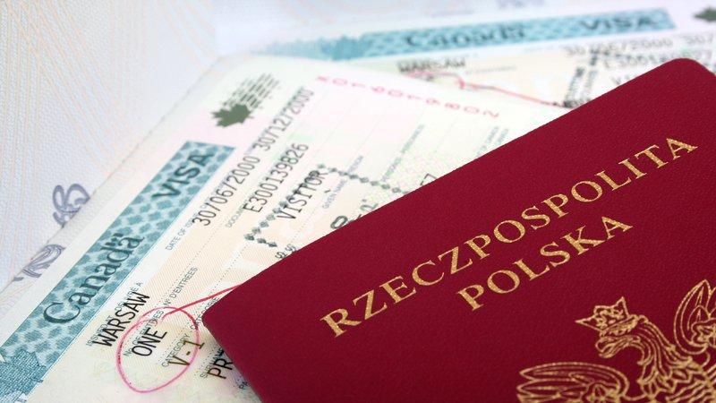paszporty-podróż-poślubna