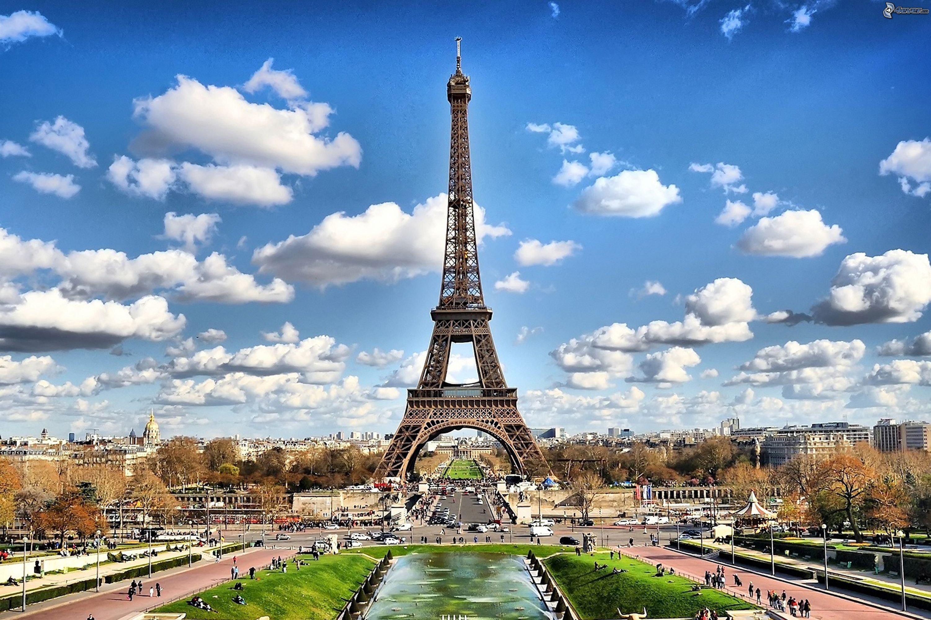 Wesele z motywem paryskim